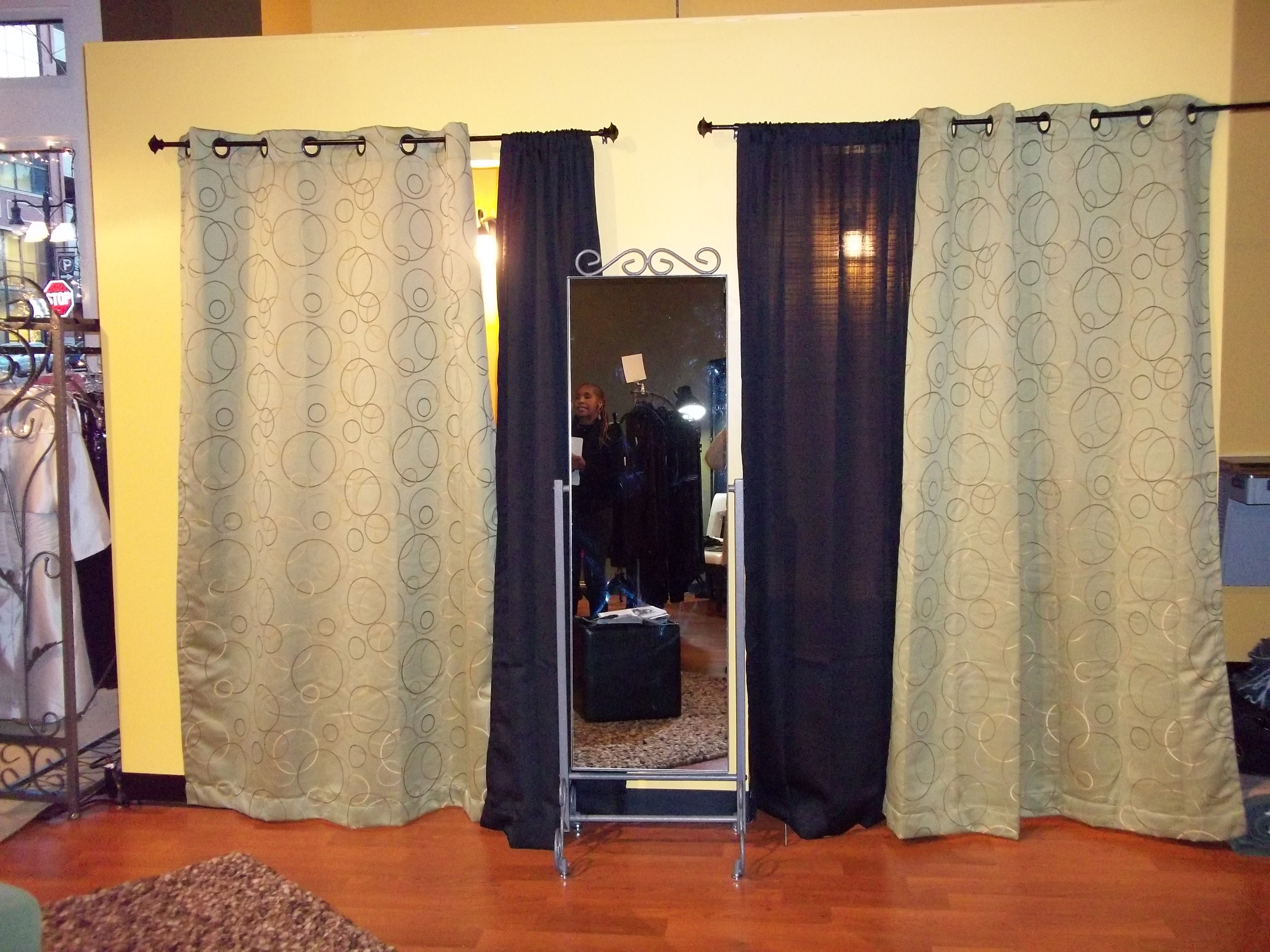 Before The Critique Boutique Needed A Dressing Room Make Over To Create High End Pleasing Experience