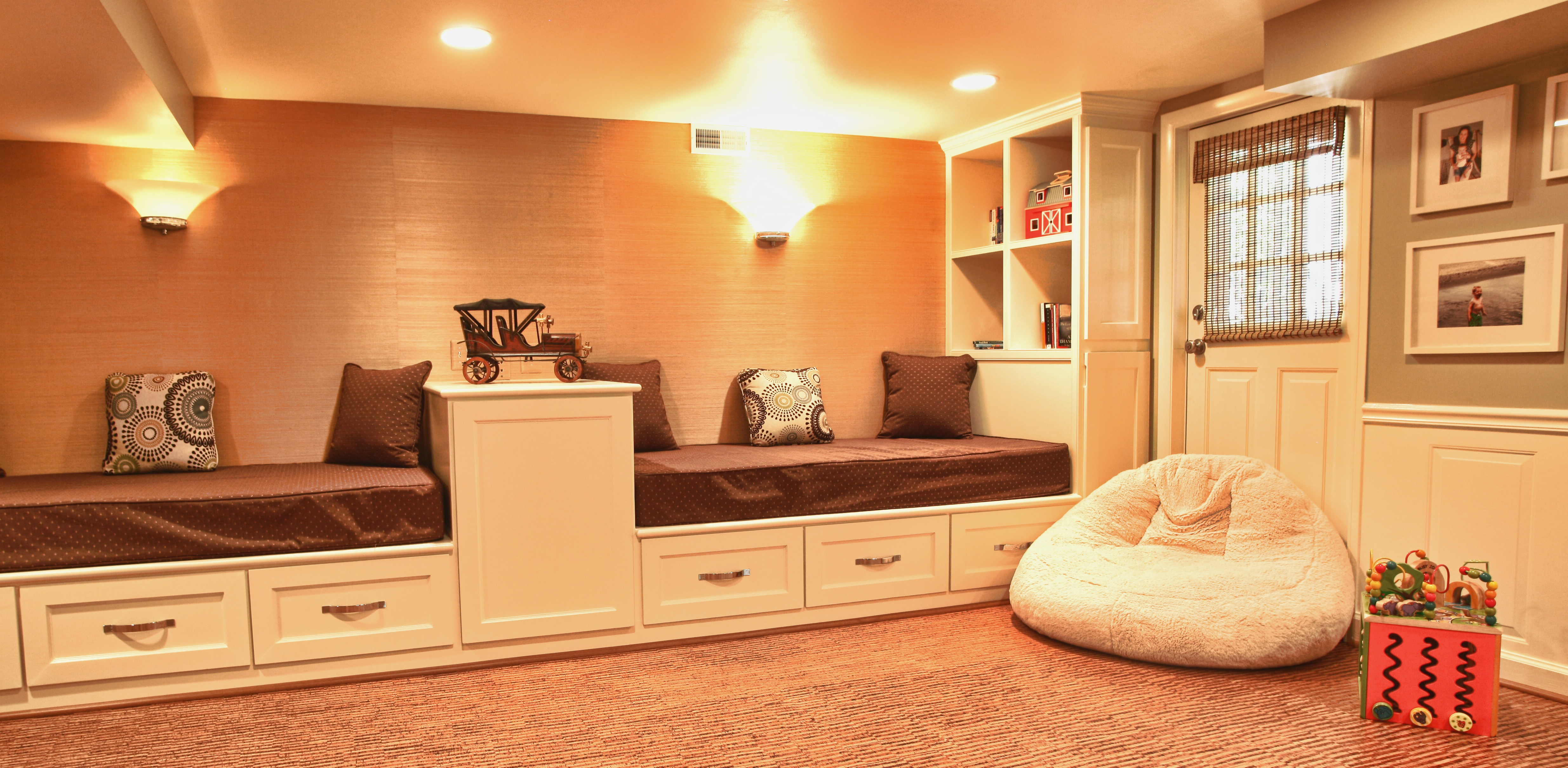 Eco friendly children s play room basement redesign for Basement floor treatments